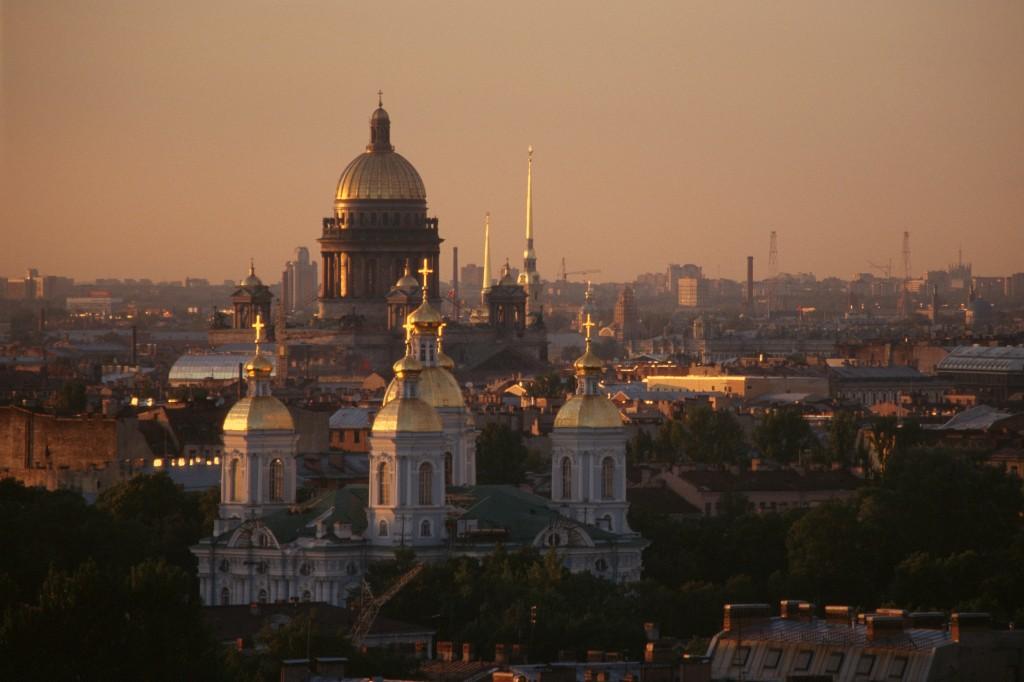 Petersburg_Nikolskiy_from_Sowjetskaja_Hotel