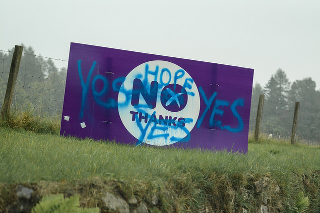 Scotland-vandalised-no-thanks-sign