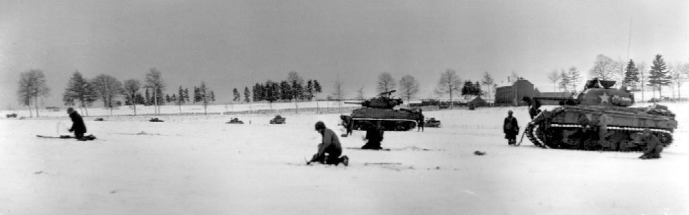 Infantry__Tanks_near_Bastogne