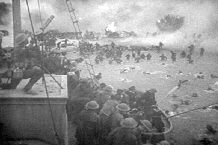 British troops escaping from Dunkirk
