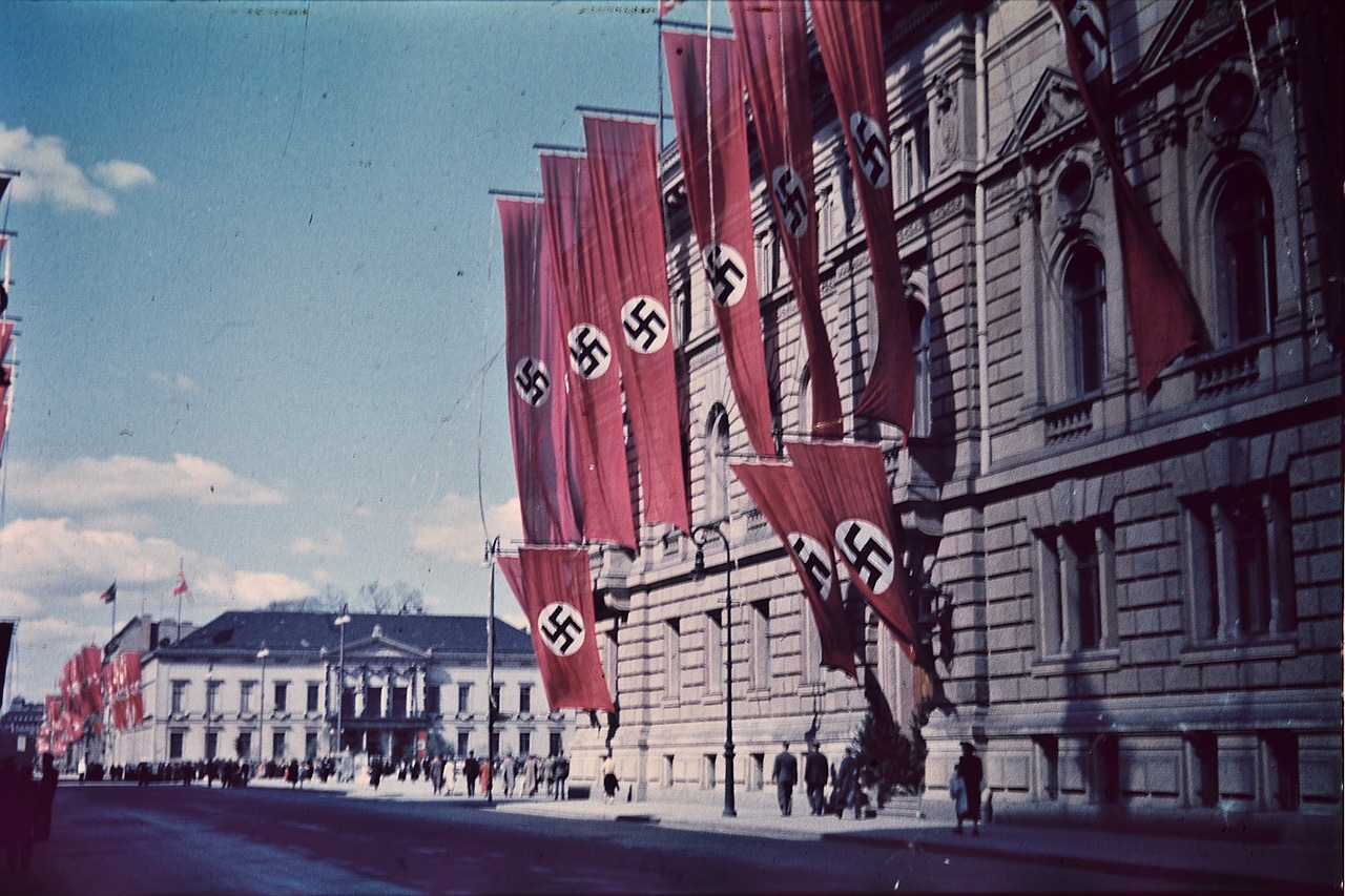 Hitler's Obsession with the Occult - by Eric KurlanderYale
